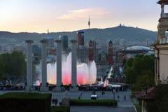 Волшебная выставка фонтана на держателе Montjuic в городке Барселоны, Каталонии, Испании Стоковое Фото