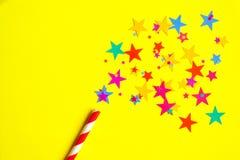 волшебная палочка на желтой предпосылке Стоковое фото RF