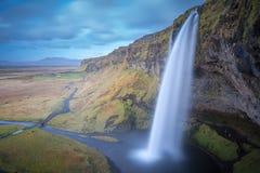 Волшебство водопада Seljalandsfoss Стоковая Фотография