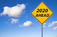 2020 вперед знаков стоковая фотография