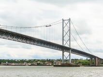Вперед мост дороги и лиман вперед Эдинбург, Шотландия, Великобритания Стоковое Изображение