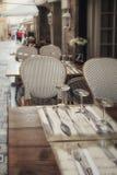 Впечатление узких улочек в старом центре Канн внутри стоковые фотографии rf