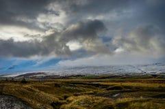 вполне счастлива те I если горы изображения благодарят использовано, то где зима а вы Ландшафт рождества на солнечном утре Стоковое фото RF