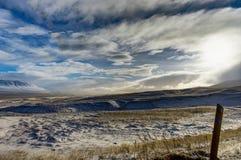 вполне счастлива те I если горы изображения благодарят использовано, то где зима а вы Ландшафт рождества на солнечном утре Стоковое Изображение RF