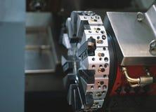 Вращанный механизм машины токарного станка - обрабатывать деятельности металла, промышленной предпосылки стоковые фото