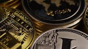 Вращая съемка cryptocurrency Bitcoins цифрового видеоматериал