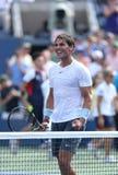 12 времен чемпион Рафаэль Nadal грэнд слэм празднует победу в его третей спичке круга на США раскрывают 2013 против Ивана Dodig Стоковая Фотография RF