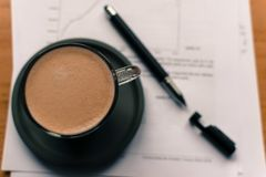 Время для breack кофе на офисе Стоковая Фотография RF