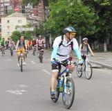 Время ехать велосипед через улицы Стоковое фото RF