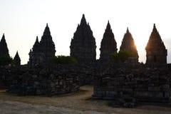 Время захода солнца в Prambanan Область Yogyakarta java Индонезия стоковая фотография