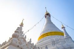 Время захода солнца на Wat Phra то Doi Kong Mu Mae Hong Son стоковое изображение