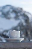 Время кофе в швейцарце Альпах! Стоковая Фотография