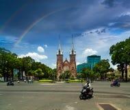 Время радуги, собор Нотр-Дам, Вьетнам стоковые изображения rf