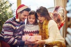 Время рождества с семьей Стоковые Фотографии RF