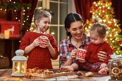 Время чаепития семьи Стоковые Изображения