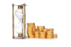 Время часов и монеток концепция денег Стоковые Фото