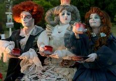 Время чая в Бухаресте, Румынии Живущие статуи, театр Stradal Румыния Стоковые Изображения