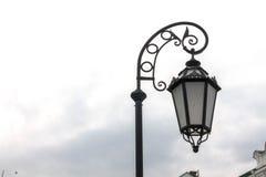 Вручать уличный фонарь курорт ночи светильника здоровья belokurikha altay снял улицу Сибиря Стоковое Изображение RF