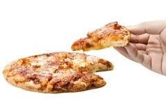 Вручите владение и съешьте комплект коробки пиццы изолированный на белой предпосылке Закрытый вверх Путь клиппирования стоковое фото