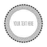 Вручите вычерченную декоративную круглую рамку, племенную, boho Стоковое Фото