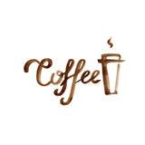 Вручите вычерченную карточку литерности с кофейной чашкой коричневого цвета акварели на белой предпосылке Стоковое Изображение RF