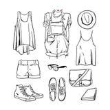 Вручите вычерченные одежду девушки вектора и план аксессуаров Стоковые Изображения RF