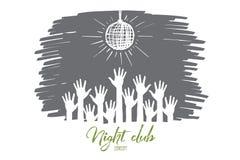 Вручите вычерченные поднятые руки под шариком диско в клубе Стоковые Изображения
