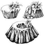 Вручите вычерченный эскиз традиционной x-mas еды, торт Иллюстрация рождества с традиционным пудингом Стоковые Изображения RF
