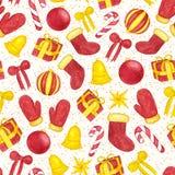 Вручите покрашенному рождеству безшовную картину с шариками акварели, конфетами и игрушками xmas Стоковая Фотография RF