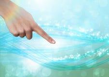 Вручите указывать в воздух сверкная волшебных абстрактных светов Стоковое Фото