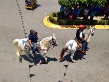 Всадники лошади на Enrama de Сан Isidro Лабрадор в Comalcalco Табаско Мексике стоковые изображения