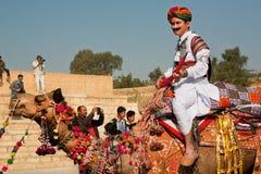 Всадник верблюда на популярном фестивале пустыни Стоковые Изображения