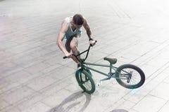 Всадник велосипеда Bmx на самых интересных Стоковые Изображения