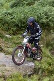 Всадник мотоцикла проб стоковая фотография