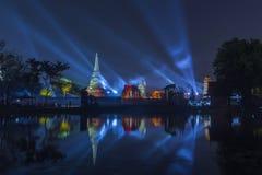Всемирное наследие фестиваля виска Таиланда справедливое на провинции Ayutthaya Таиланде перемещения Wat Mahathat популярной Стоковые Фотографии RF