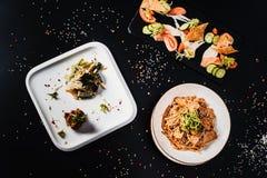 Все-азиатский обедающий Комплект обеда нескольких блюд Стоковые Фото