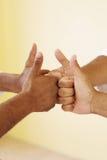 все большие пальцы руки вверх стоковые фотографии rf