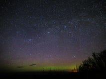 Вселенная играет главные роли созвездие Perseus группы двойника галактики Андромеды над телескопом Стоковая Фотография