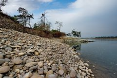 Все еще воды неусидчивого реки стоковые изображения
