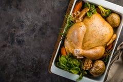 все зажаренное в духовке цыпленком Стоковое Изображение