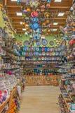 все имеющееся резерва сделанное большинств устрицами starfishes сувенира магазина seashells курортов лето они древесина vare Стоковые Фотографии RF