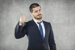 Все О'КЕЫ, счастливый бизнесмен стоковое изображение rf