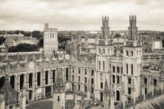 Все души коллеж, Оксфордский университет, Оксфорд, Великобритания Чернота и whit Стоковая Фотография