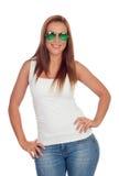 Вскользь девушка с солнечными очками Стоковые Изображения RF