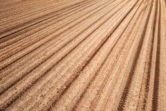 Вспаханная земля поля стоковое фото rf