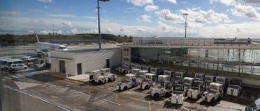 Вспомогательные обслуживания международного аэропорта Стоковые Изображения RF