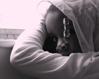 вспугнутая девушка стоковое изображение