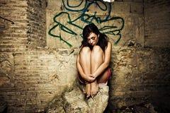 вспугнутая девушка Стоковые Фото