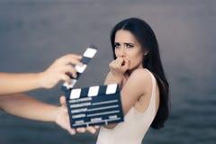 Вспугнутая сцена кино стрельбы актрисы Стоковое фото RF