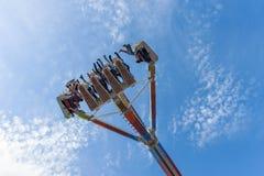 Встречать высоко в воздухе на ярмарке стоковые фотографии rf